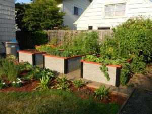 Composite Raised Garden Bed Kit