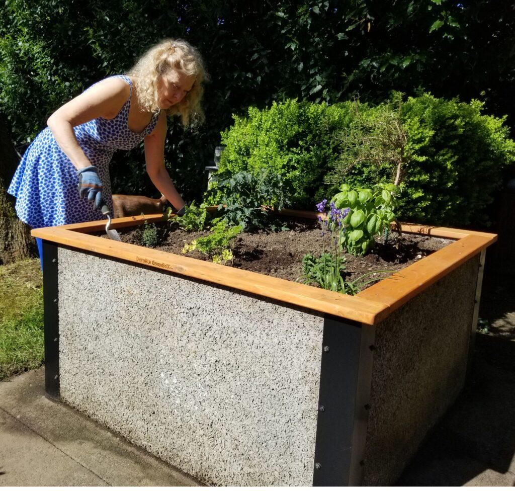 Greens Raised Garden Bed Kits